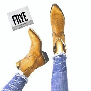 Frye Billy Short Western Boots in Cognac Antique